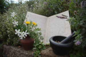 Hustensirup und Rosensalbe